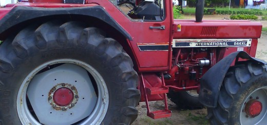 20151112_Tractor-spoiled